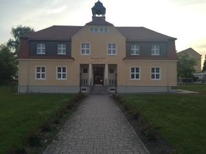 Schule in Großduben - in 2 Sprachen